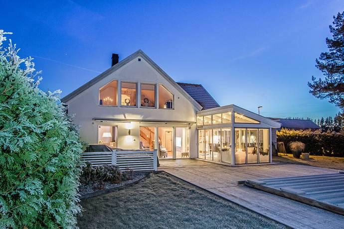 Bild: 6 rum villa på Grönhögsvägen 5, Linköpings kommun Ekängen