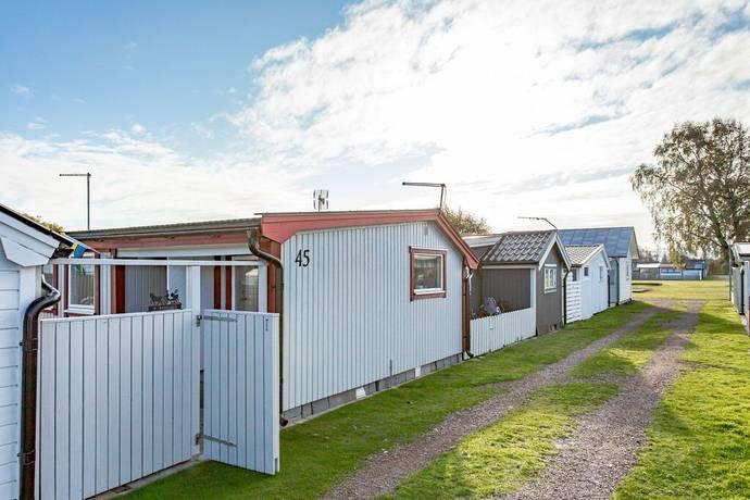 Gatehus 45 I Ostra Stranden Halmstad Andelsboende Till Salu