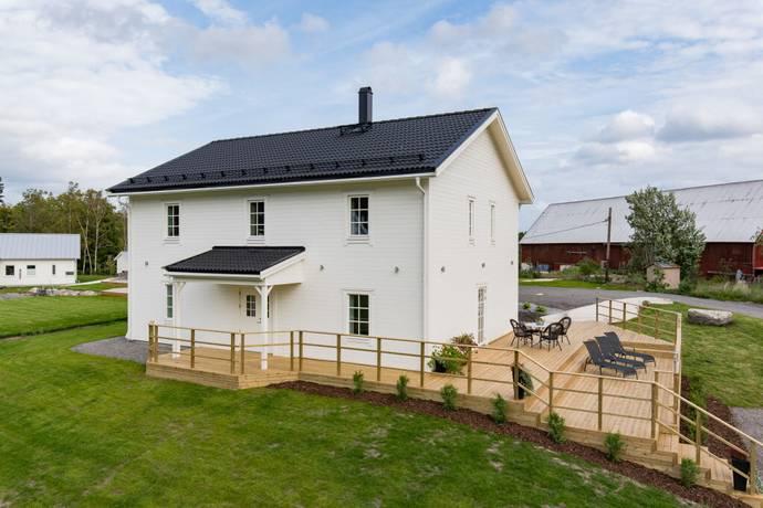 Bild: 6 rum villa på Fullerö Nyboda 331, Uppsala kommun Fullerö Hemringe