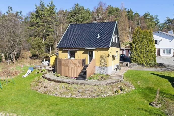 Bild: 4 rum villa på Klaravägen 6, Göteborgs kommun Kärrdalen