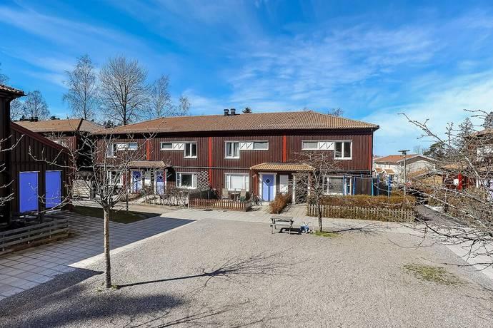 Bild: 4 rum bostadsrätt på Elsa beskows stig 18, Södertälje kommun Lina Hage