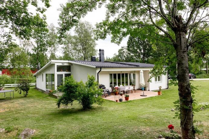 Bild: 4 rum villa på Rydvägen 2, Lessebo kommun Kosta