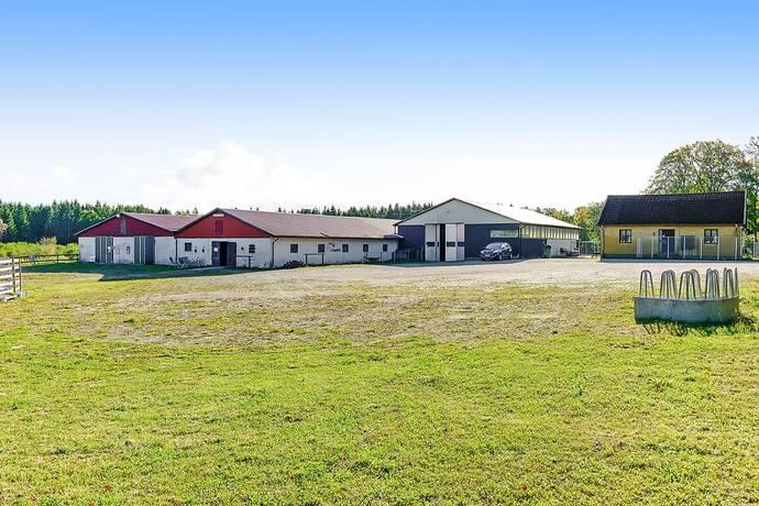 Bild: 3 rum gård/skog på Raskarum 113, Simrishamns kommun Sankt Olof