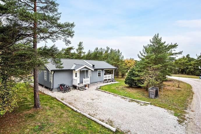 Bild: 4 rum villa på Hallonstigen 7, Kvarnåkershamn, Gotlands kommun Södra Gotland