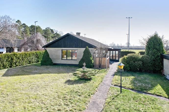 Bild: 4 rum villa på Kristallvägen 9, Ängelholms kommun Strövelstorp