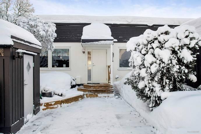 Bild: 6 rum radhus på Bågevägen 136, Sundsvalls kommun Bosvedjan