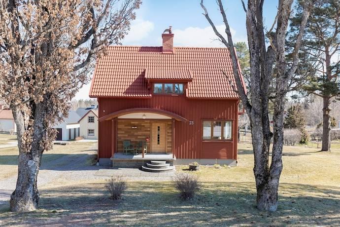 Bild: 3 rum villa på Bäcklundavägen 23, Laxå kommun Hasselfors