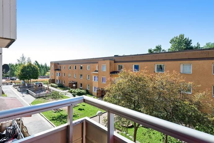 Bild: 3 rum bostadsrätt på Granövägen 36, Södertälje kommun Hovsjö
