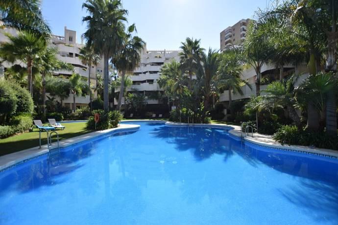 Bild: 3 rum bostadsrätt på Fuente Aloha, Spanien