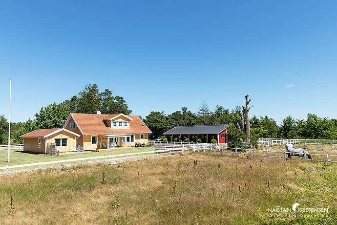 Bild: 6 rum villa på John Algots Väg 14, Laholms kommun Skottorp