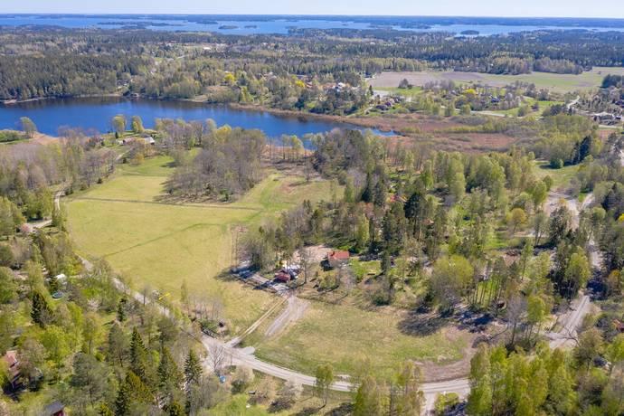 Bild: tomt på Nolsjövägen 16B, Österåkers kommun