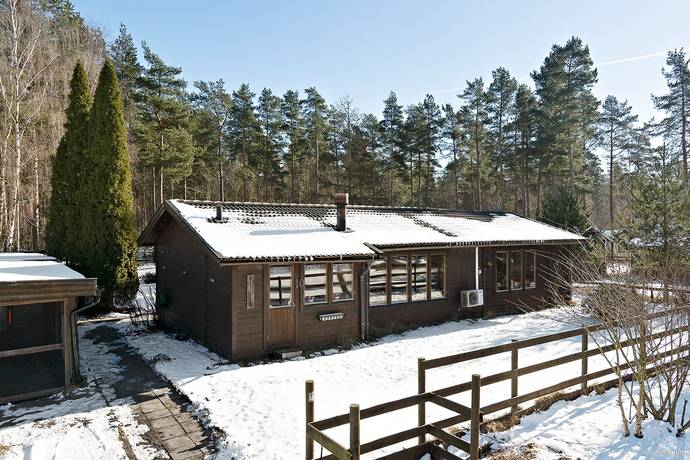 Bild: 5 rum villa på Hindvägen 10, Sjöbo kommun Karup