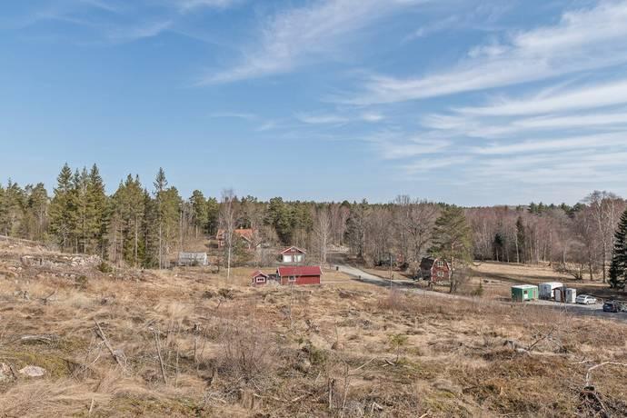 Bild: tomt på Mellansjö 1:101, Österåkers kommun Ljusterö