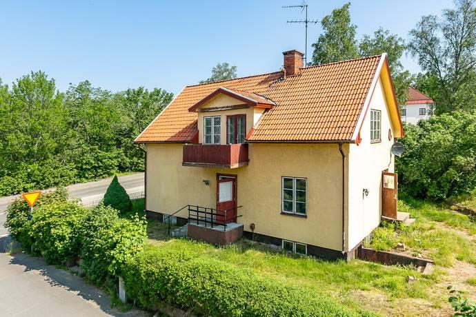Bild: 5 rum villa på Trädgårdsgatan 1, Eksjö kommun