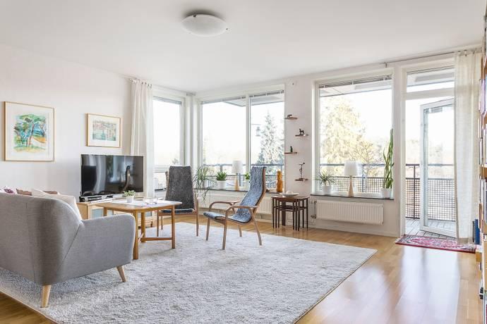 Bild: 4 rum bostadsrätt på Stora Kvinns väg 2, 3 tr, Stockholms kommun Älvsjö