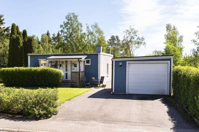 Bild: 5 rum villa på Smörsoppsvägen 1, Kristinehamns kommun Sandfallet