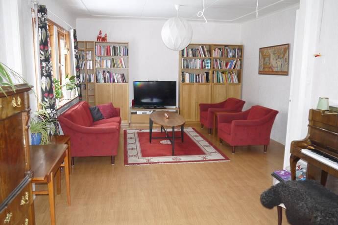 Bild: 7 rum villa på Fjällåkravägen 10, Falköpings kommun Broddetorp