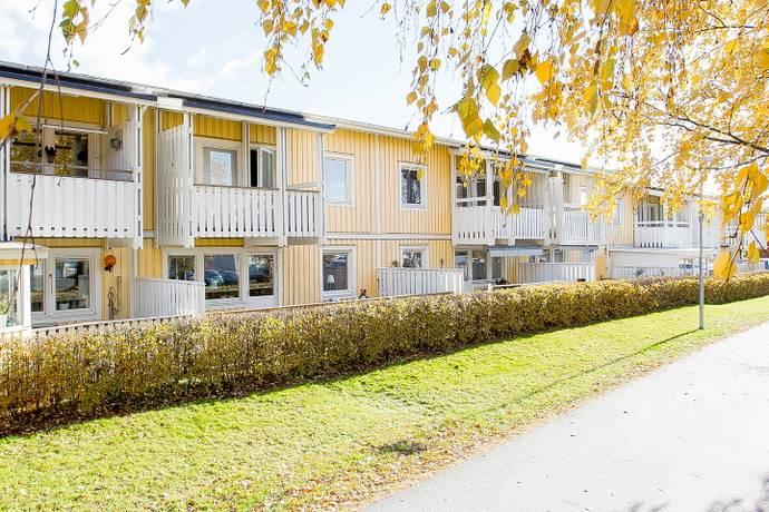 9d40a63a48d3 Bild: 2 rum bostadsrätt på Glassgränd 31, Umeå kommun Västra Ersboda