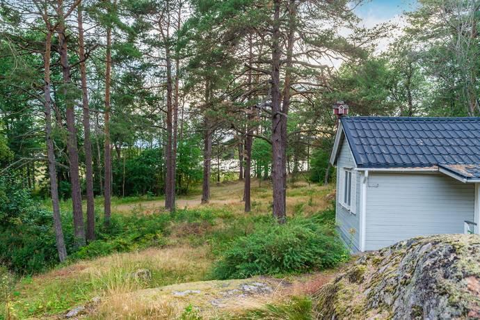 Bild: 1 rum villa på Västerviksvägen 2, Oxelösunds kommun Västra Femöre