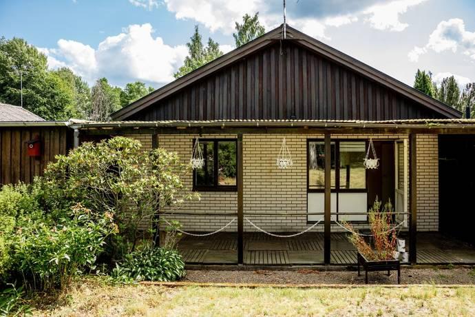 Bild: 4 rum radhus på Bruksgatan 19, Lessebo kommun Lessebo