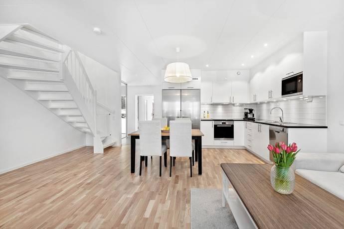 Bild: 4 rum bostadsrätt på Lars-Pettravägen 7D, Örebro kommun Södra Lindhult