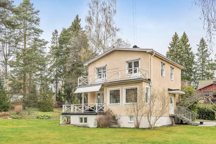 Bild: 4 rum villa på Slottsvägen 79, Täby kommun Näsby Park - Sjösidan