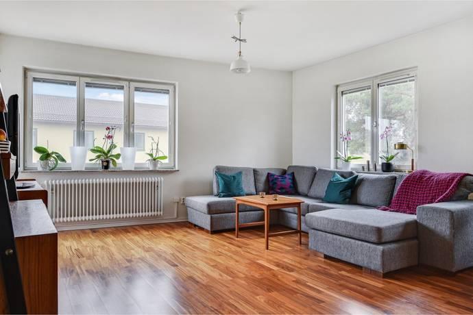 Bild: 4 rum bostadsrätt på Mandelbrödsvägen 14, Stockholms kommun Sköndal
