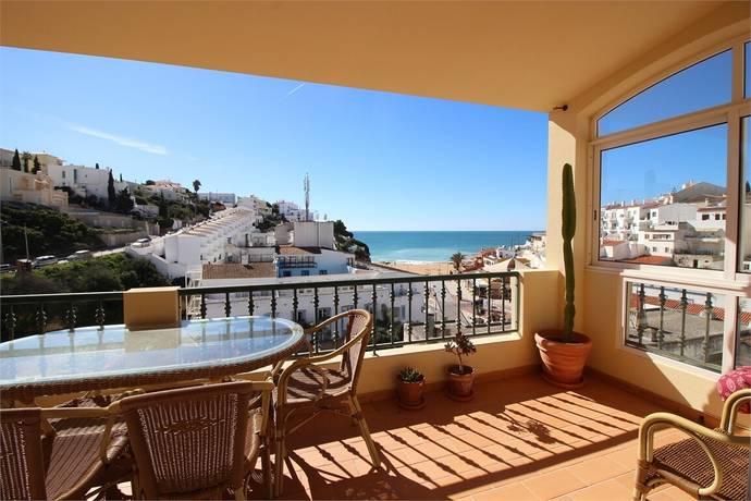 Bild: 3 rum bostadsrätt på Utsikt över strand och hav, Portugal Carvoeiro | Lagoa | Algarve