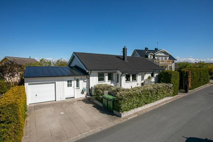 Bild: 4 rum villa på Brinkgatan  12, Jönköpings kommun Bymarken