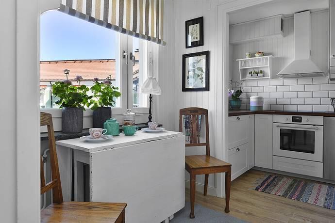 Bild: 2,5 rum bostadsrätt på Hagvägen 6C, Upplands Väsby kommun Runby