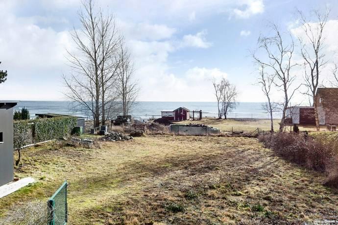 Bild: tomt på Väddklintsvägen 3, Trelleborgs kommun Beddingestrand