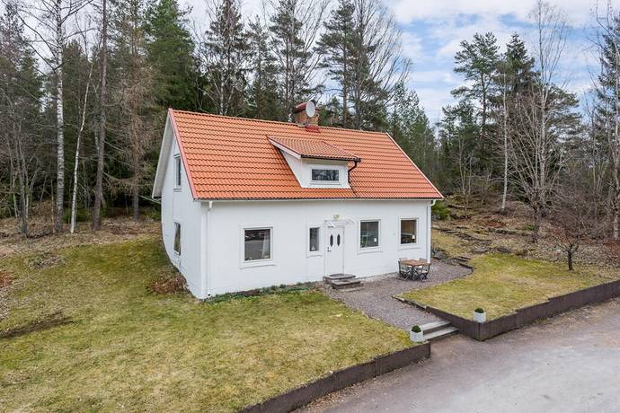 Bild: 4 rum villa på Ingenjörsvägen 72, Karlstads kommun Vålberg