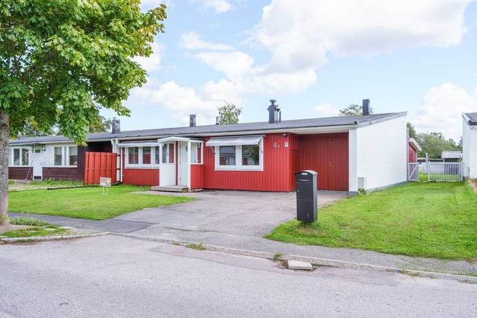 Bild: 4 rum radhus på Prästbyggevägen 4 A, Gävle kommun Lillhagen
