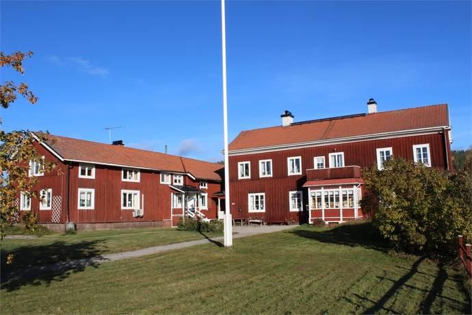 Bild: villa på JÄRVSÖ, Bodavägen 90, 92, Ljusdals kommun