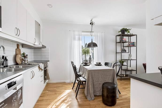 Bild: 3 rum bostadsrätt på Boråsvägen 3, Marks kommun Kinna