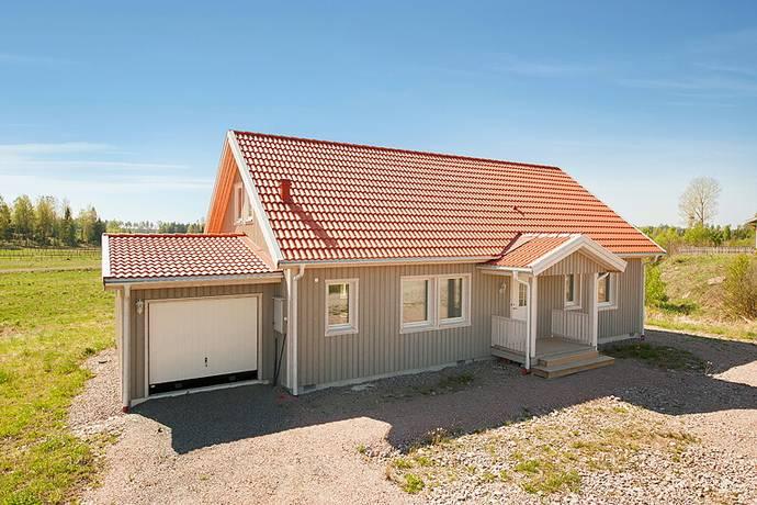 Bild: 3 rum villa på Travarvägen 6, Heby kommun Julmyra