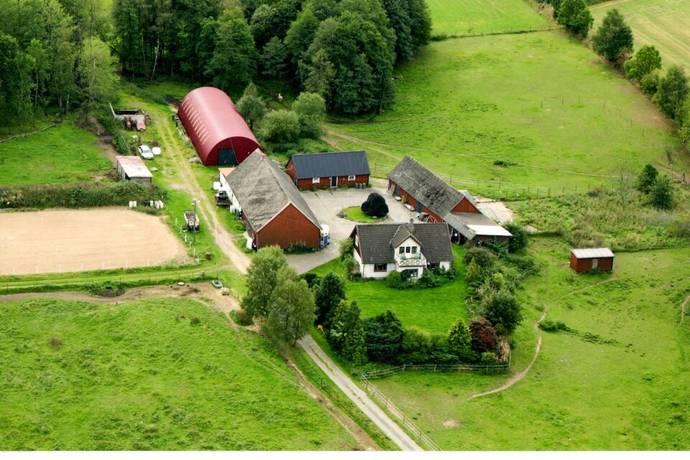 Bild: 170 m² gård/skog på Gunnarp 130, Höörs kommun Tjörnarp