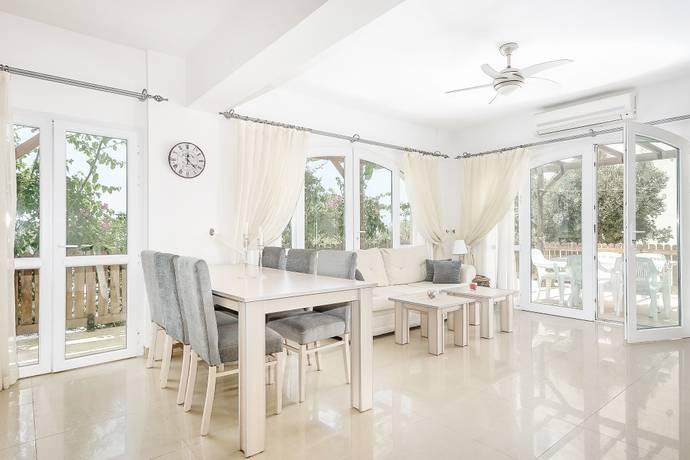 Bild: 4 rum bostadsrätt på Afrodite Village, 3 sovrum, markplan, Cypern Güzelyurtkusten