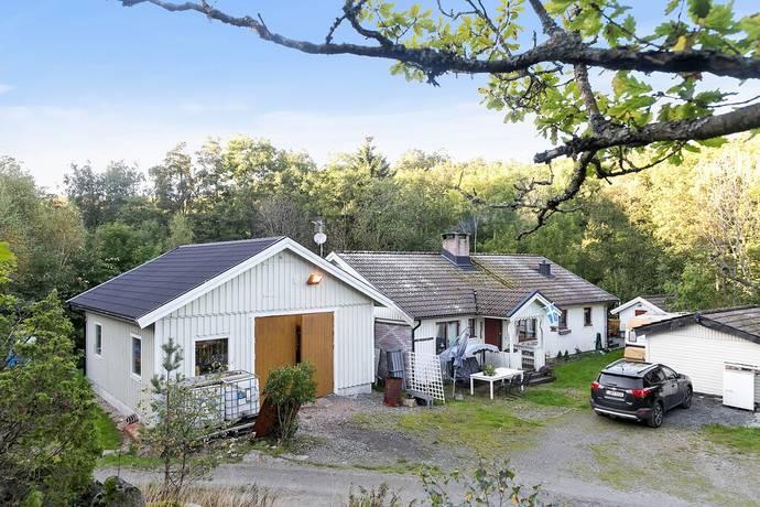 Bild: 4 rum villa på Åsen 240, Orust kommun SVANESUND