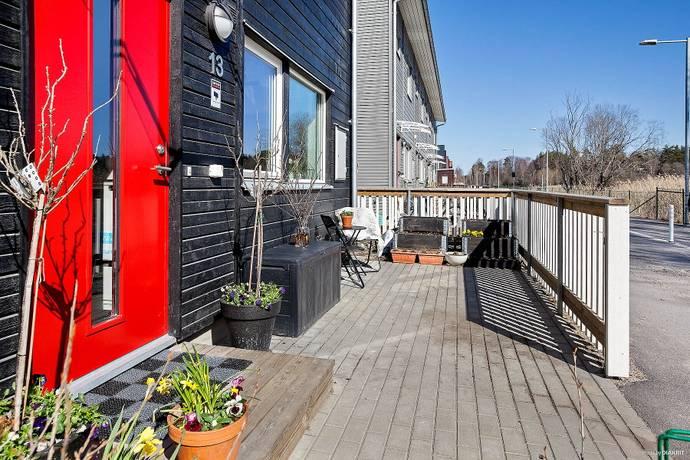 Bild: 4,5 rum radhus på Igelvadsstråket 13, Upplands Väsby kommun Fresta