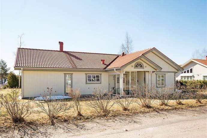 Bild: 5 rum villa på Mårdgatan 3, Eda kommun Charlottenberg