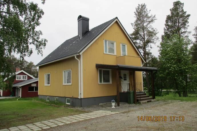 Bild: 111 m² villa på Bergsgatan 7, Åsele kommun Åsele