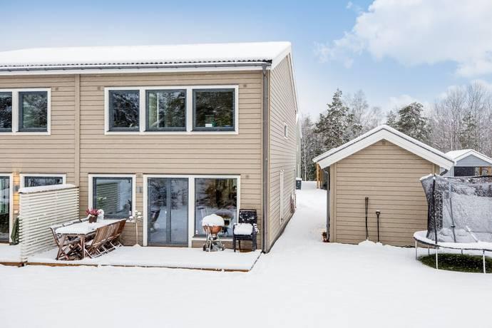 Bild: 4 rum radhus på Sandviksvägen 5a, Upplands-Bro kommun Kungsängen Norrboda