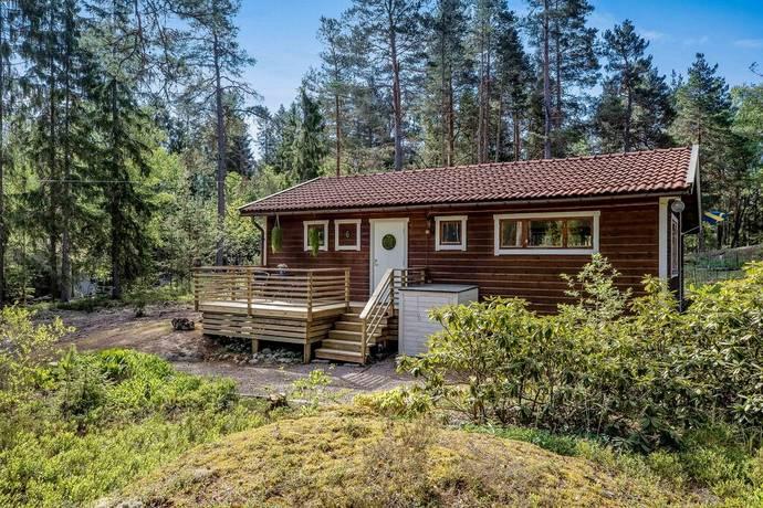 Bild: 3 rum fritidshus på Uvbergsvägen 6, Norrtälje kommun Riala Sättra