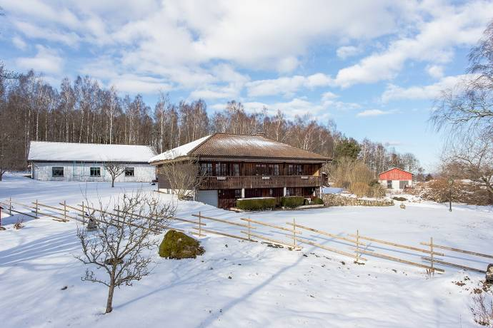 Bild: 6 rum villa på Lastadsvägen 30, Falkenbergs kommun Ljungby