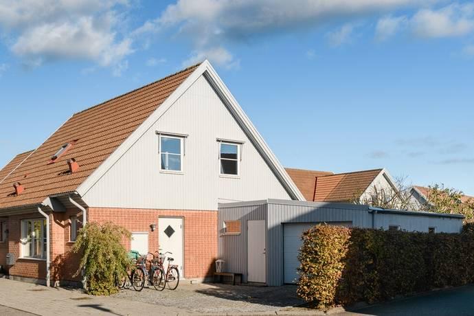 Bild: 4 rum villa på Griffelvägen 13, Staffanstorps kommun Hjärup