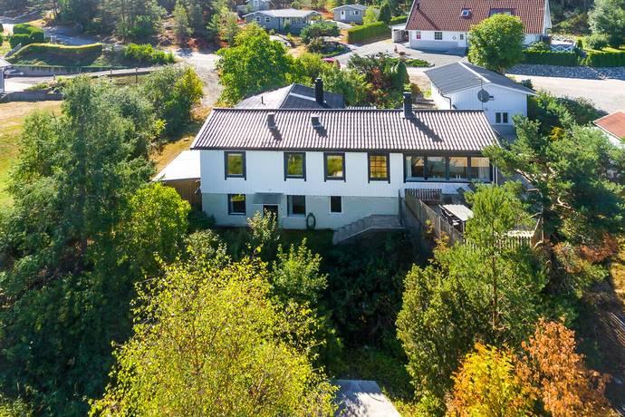 Bild: 7 rum villa på Skogsmyrsvägen 30, Strömstads kommun