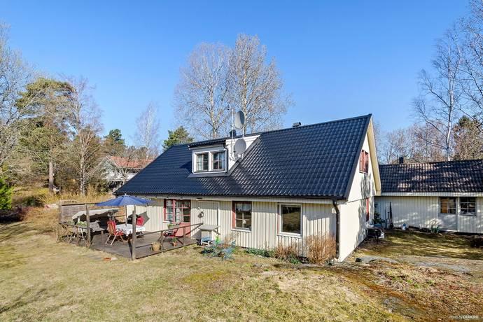 Bild: 7 rum villa på Lostigen 37, Värmdö kommun Skeppsdalström
