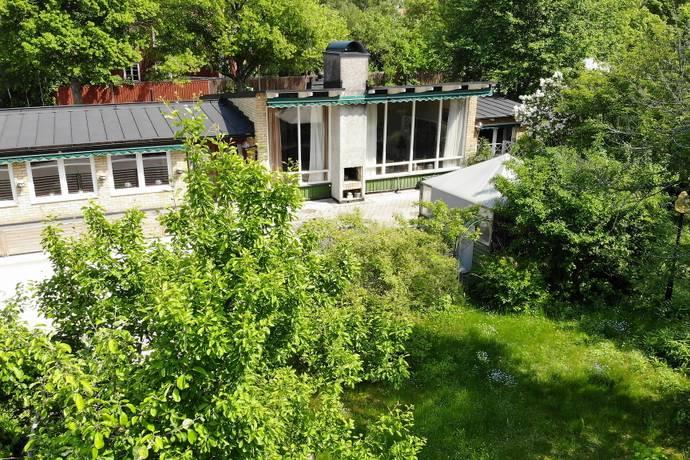 Bild: 8 rum villa på Kåbovägen 15, Uppsala kommun Kåbo