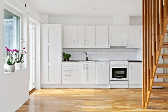 Bild: 2,5 rum bostadsrätt på Gamla Södertäljevägen 212 G, Huddinge kommun Segeltorp